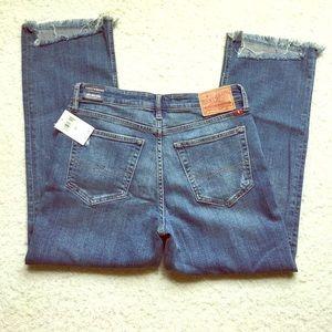 Lucky Brand women's Girl Next Door Jeans